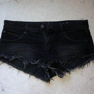 Black Denim Cut-off Shorts!